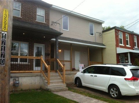 E3200460, 156 Olive Ave, Oshawa, Free Att/Row/Twnhouse for sale in Central, ON. View this property's information, photos, map and local neighbourhood data.