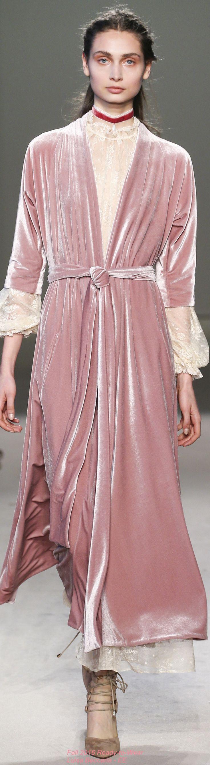 Fall 2016 Ready-to-Wear Luisa Beccaria