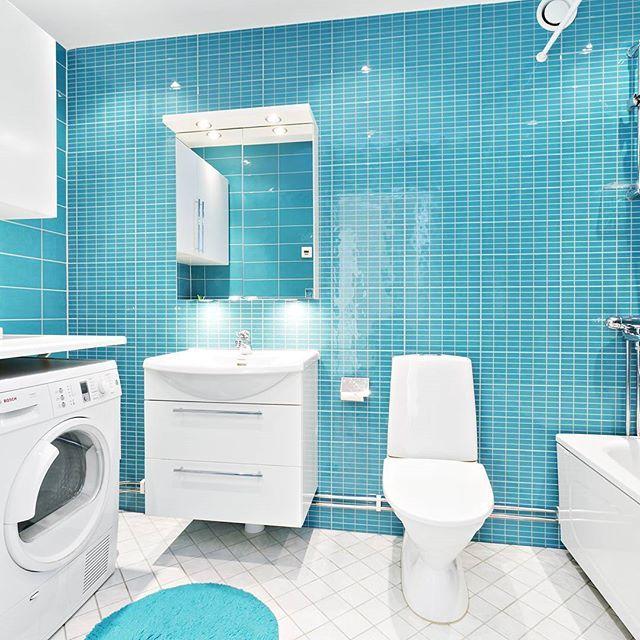 74 kvm på Flygvillevägen 15, Hägernäs Strand (Täby) - 3.495.000 SEK #Flygvillevägen #lägenhet #property #maklaresimpson #artdirector #homedesign #homestyling #artdesign #designer #starbroker #fastighetsmäklare #mäklare #realestateagent #svenskamaklarhuset #smh #maklaretaby #interiordesign #badrum #bathroom #photography #photo #inspiration #fashion #luxuryliving #luxury #architecture #tillsalu #apartment #täby #hägernässtrand #localrealtors - posted by Adam Trevelyan Simpson…