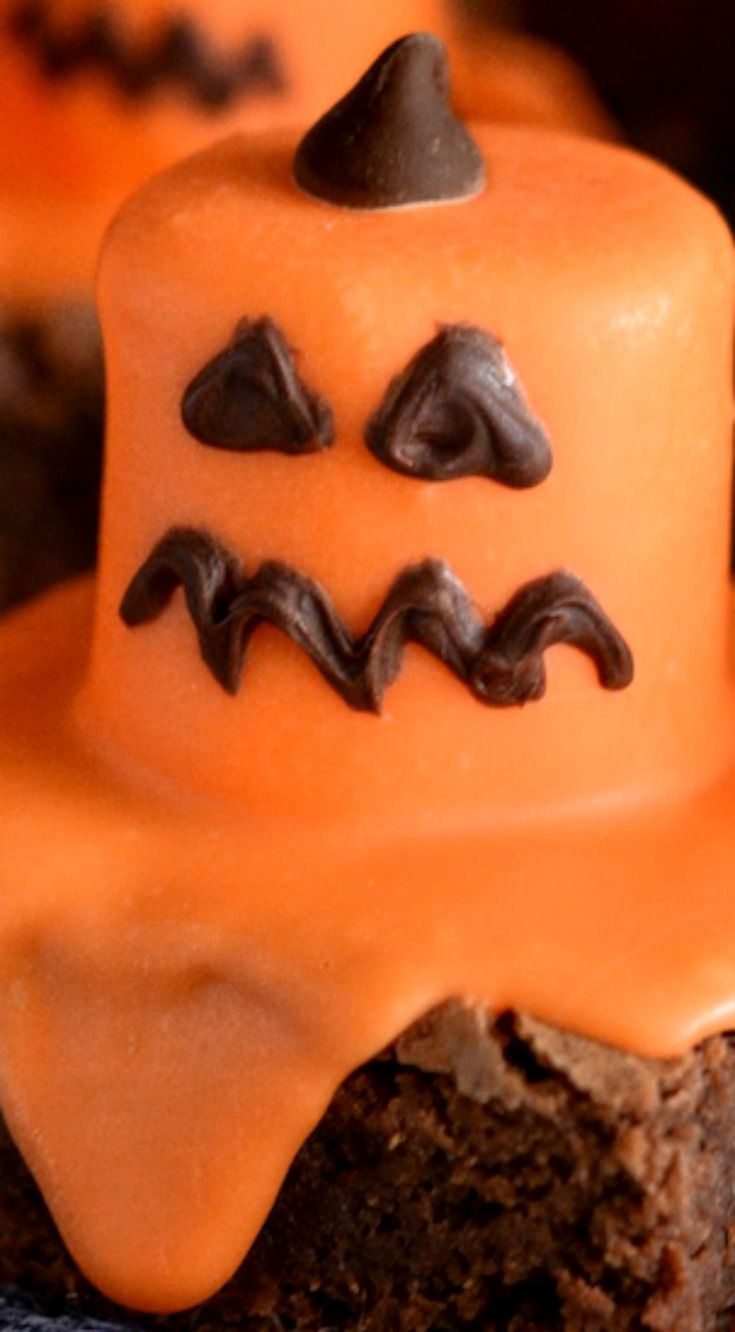 728 best ♥ Halloween Spooktacular ~ B◕◕ ~ Bites  Sips (º△º - Kid Friendly Halloween Decorations