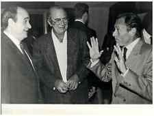 L'homme politique Michel Rocard en visite en Nouvelle-Calédonie Vintage pri