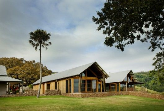 Jamberoo Farm House / Casey Brown Architecture | ArchDaily
