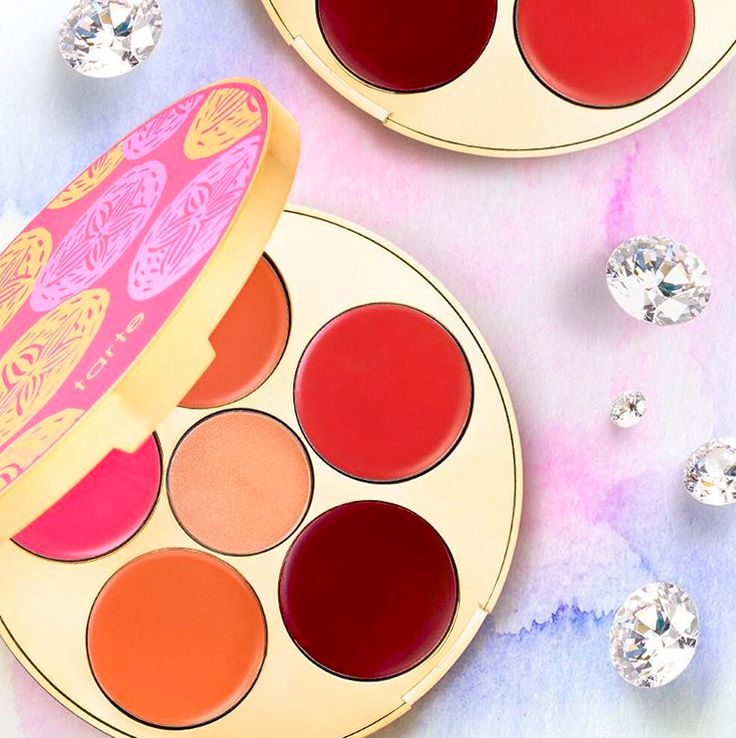 Move over diamonds, our new kiss & blush cream cheek & lip palettes are now a girl's best friend! via @sephora #tartecosmetics #tarteunderthesea