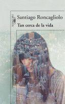 """La leí después de leer """"Baila, baila, baila"""" de Murakami, y me ha parecido genial la combinación. Bien escrito este thriller. Un libro que vale la pena leer."""