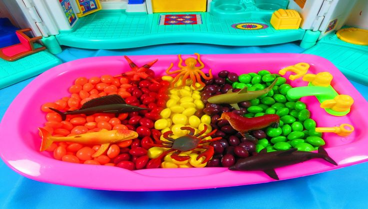 Toy Sea Animals Skittles Bath Learn Colors Skittles Candy Water Animals