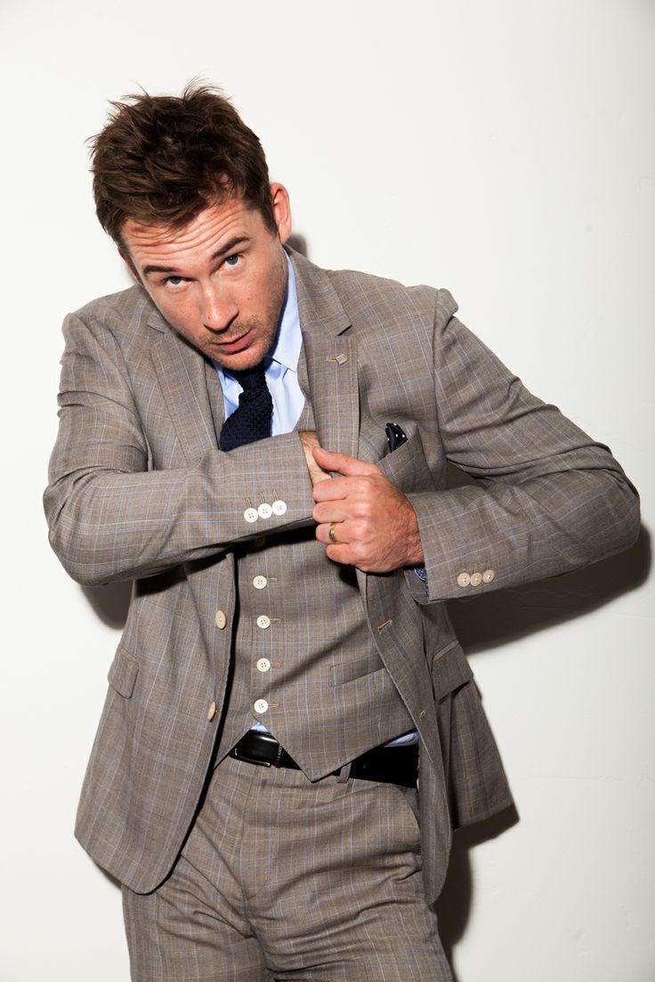 Sexy Male Celebrities - hotfamous-men:   Barry Sloane
