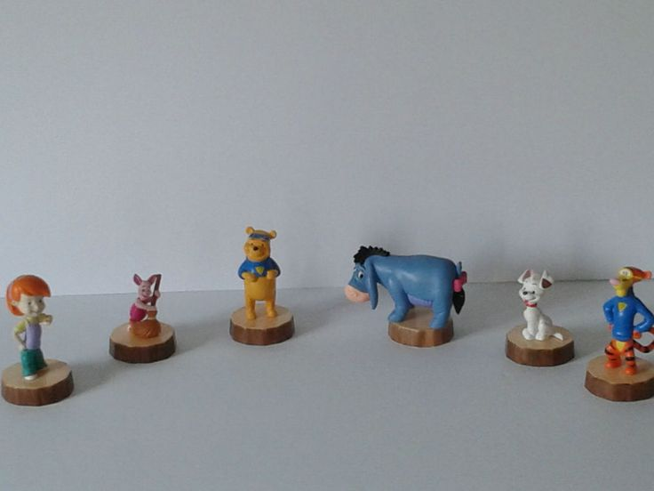Winnie the Pooh and friends Disney toy figurines kids