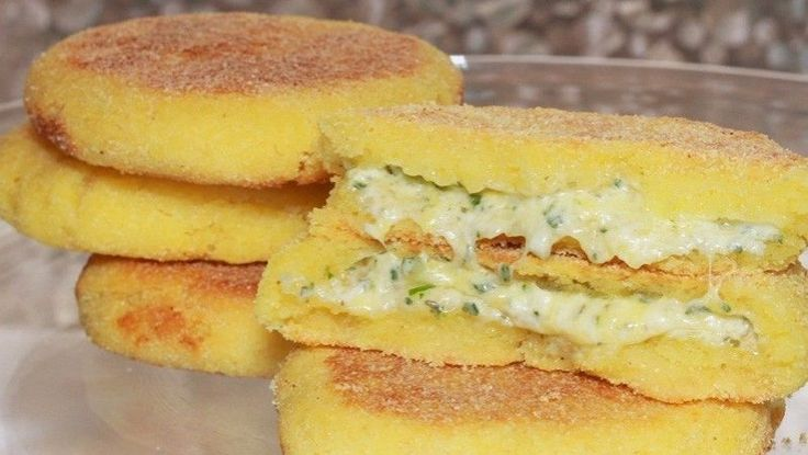 Harcha met kaas en kruiden
