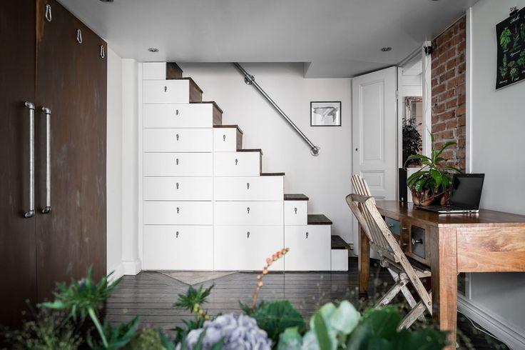 Gravity Home: Small Loft in Sweden
