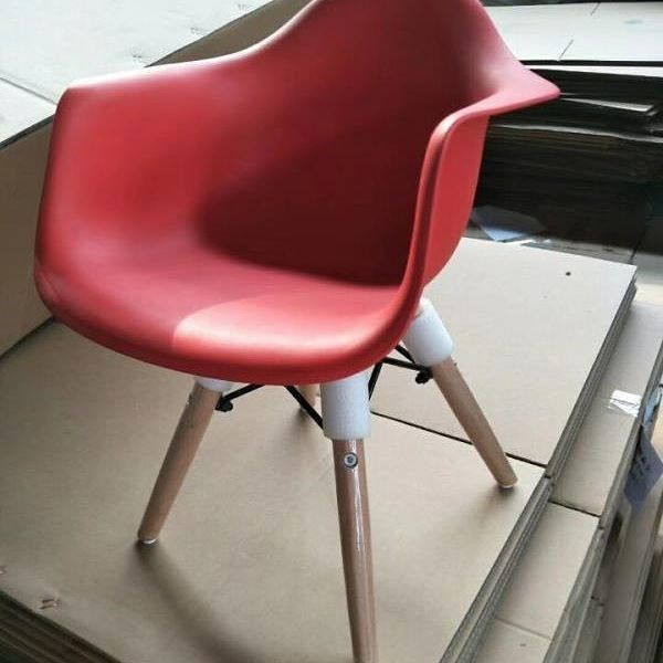 95 Best Eames Chair Images On Pinterest Eames Chairs