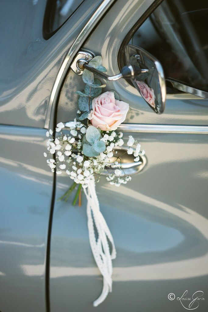 Car – Mariage Mathilde & François  ▿ Fleuriste : @lenaturelfleuristevannes Cr…