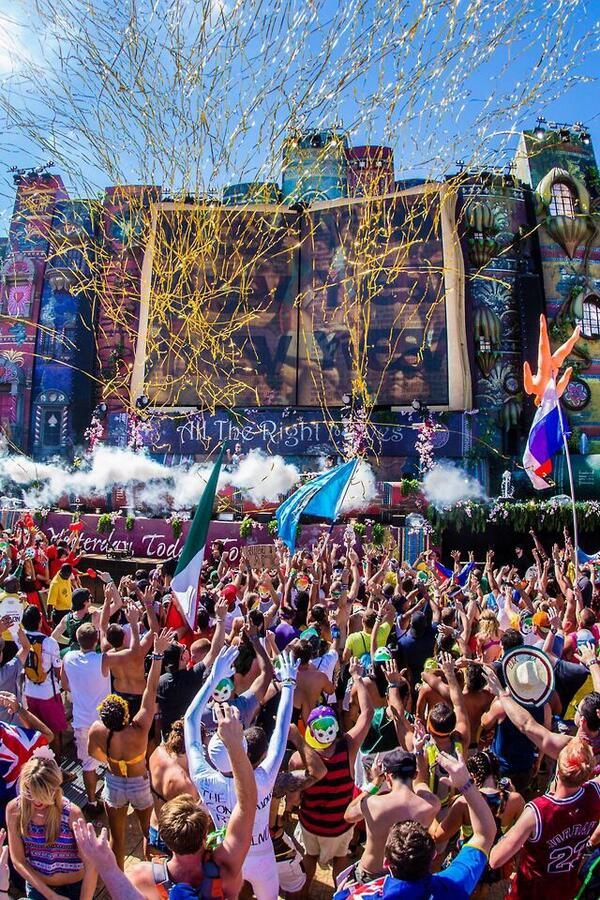 Tomorrowland es un lugar para estar feliz.