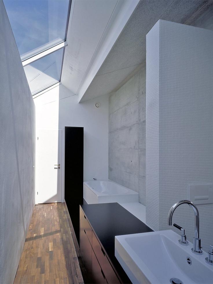 schönes Lichtkonzept für Bad - gepinnt von: Einfamilienhaus in Wutöschingen, Matthias Maurer Architekt