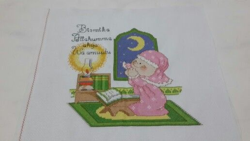 #littlegirl #pray #crossstitch #crossstitcher #crosstitchlove #crossstitchcrazy #cross_stitch #crossstitchindonesia #dmc #embroidery #handmade #needlecraft #needlework #projects #pixelart #stitch #sewing #xstitch #sulam #kristik #instacrossstitch #hobby