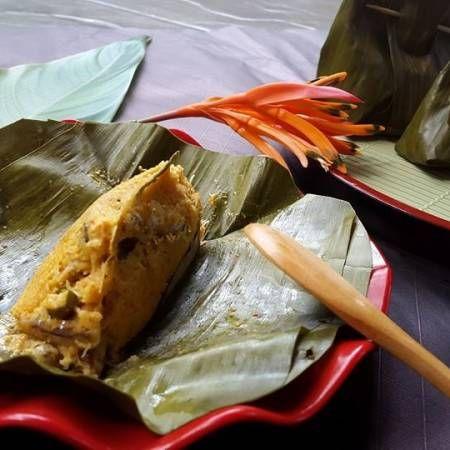 """""""karena tdk suka petai maupun Mlanding, maka untuk aromanya aku tambahkan daun jeruk aja, Botok ini ada juga yg menambahkan tempe, tapi aku hanya menggunakan Kelapa dan teri saja."""" --Evi Khalisa. Lihat selengkapnya di http://dapurmasak.com/resep/8160-resep-botok-teri-skip-mlanding"""