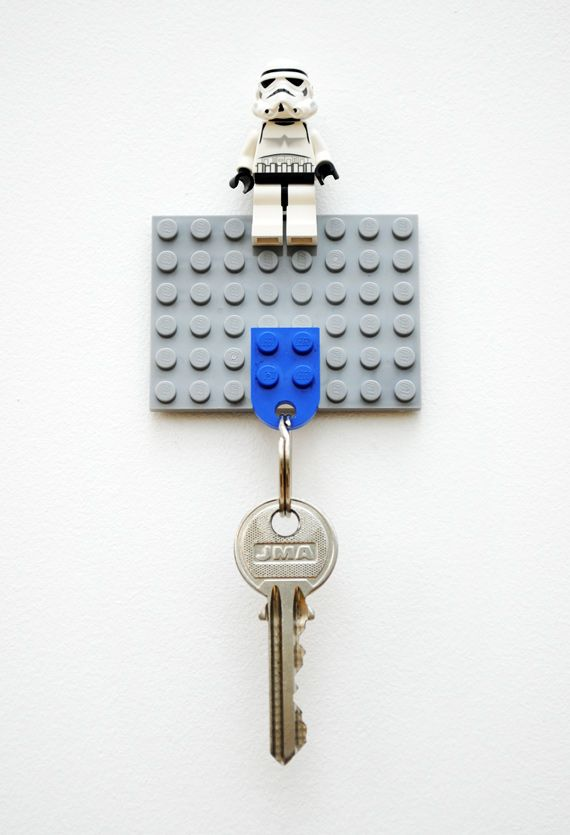 DIY lego keyholder: Diy'S Lego, Keys Hangers, Storms Troopers, Keys Rings, Lego Keychains, Stars War, Lego Keyhold, Lego Keys Holders, Crafts