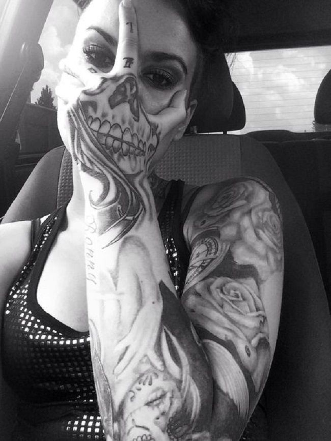 meaningful tattoo example skull and rose