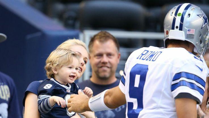 Cowboys QB Tony Romo's wife gives birth to second son
