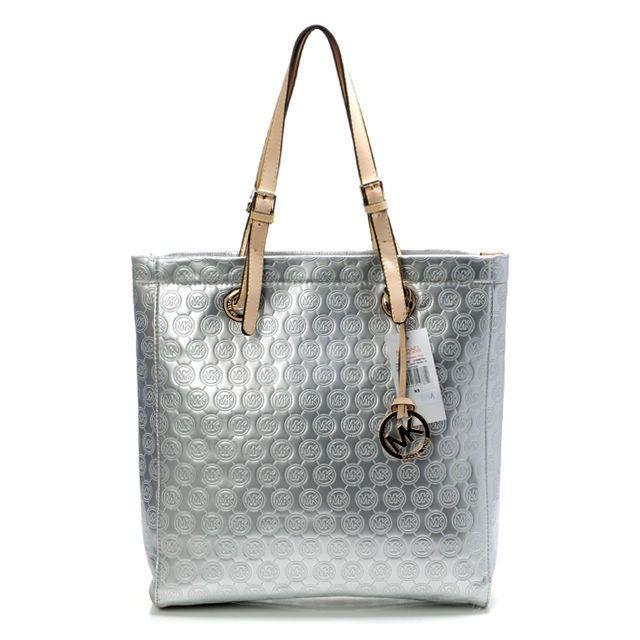 Michael Kors Handbags,Michael Kors Jet Set Chain Tote,Michael Kors Quilted Fulton,$70.99 http://mkhandbagonsale.us