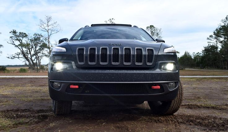 2017+Jeep+Cherokee+TRAILHAWK+–+HD+Road+Test+Review