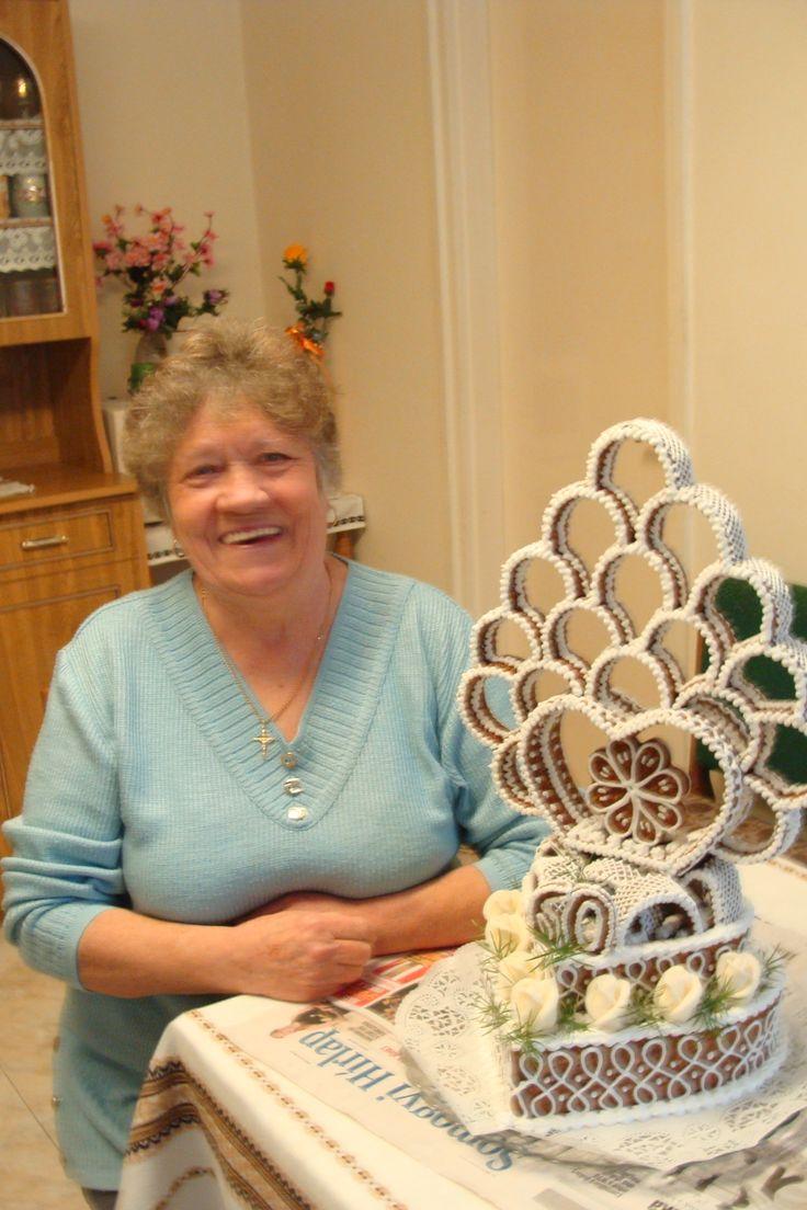 A torta készítője Annus -  születésnapi grillázs-torta.