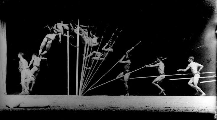 Chronophotographie d'un perchiste. Georges Demeny