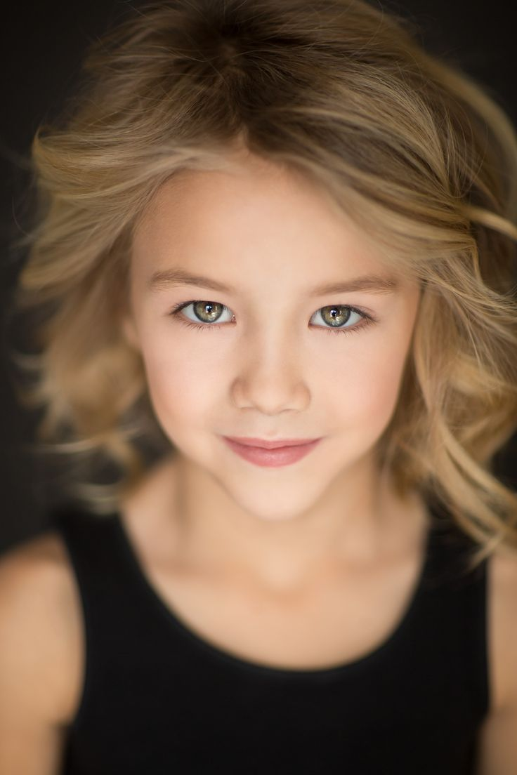 Child Model- Madison Burns. Agency represented. Pittsburgh, NYC and LA markets. Headshot. Kaela Speicher Photography.