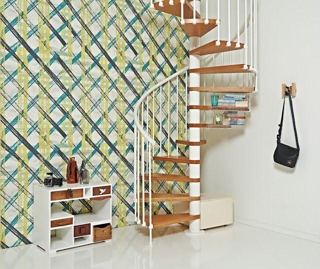 scala Fontanot con carta da parati Wall & Decor