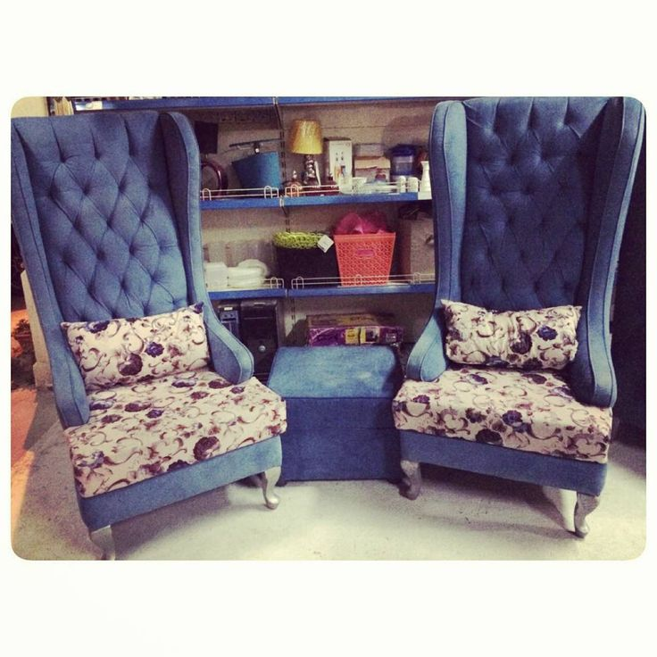 For Sale Classic King Chair With Center Table Blue Color Price 180 Bd للبيع كراسي كلاسك كنغ لون ازرق مع طاولة وسط Home Decor Furniture Accent Chairs