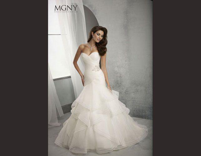 Voluptueuses robes de mariée sirènes : notre sélection 2014 !