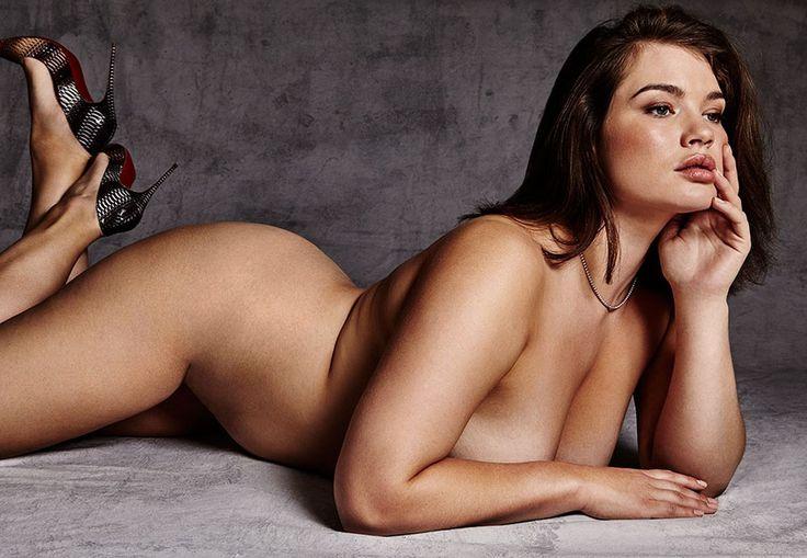 Tara Lynn Nude 50