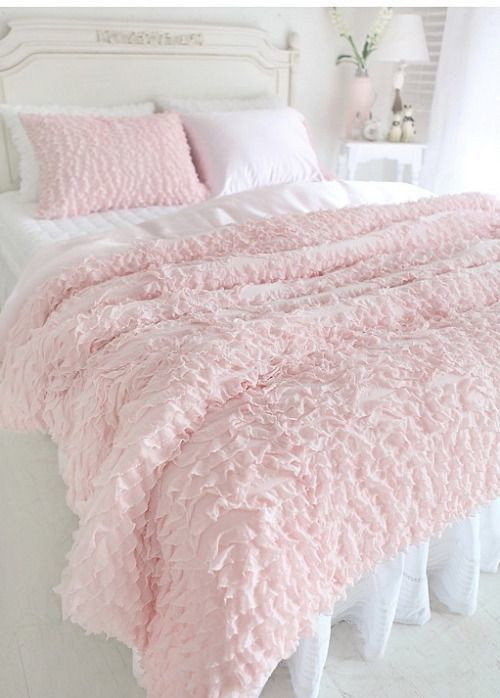 Love the bed spread color