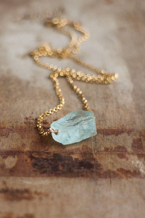 Rauwe Aquamarijn ketting maart Birthstone, ruwe kristal ketting, ruwe Aquamarijn sieraden, Aqua blauwe stenen halsketting, ruwe stenen ketting