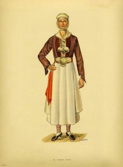 Traditional women's costumes from Southern Albania