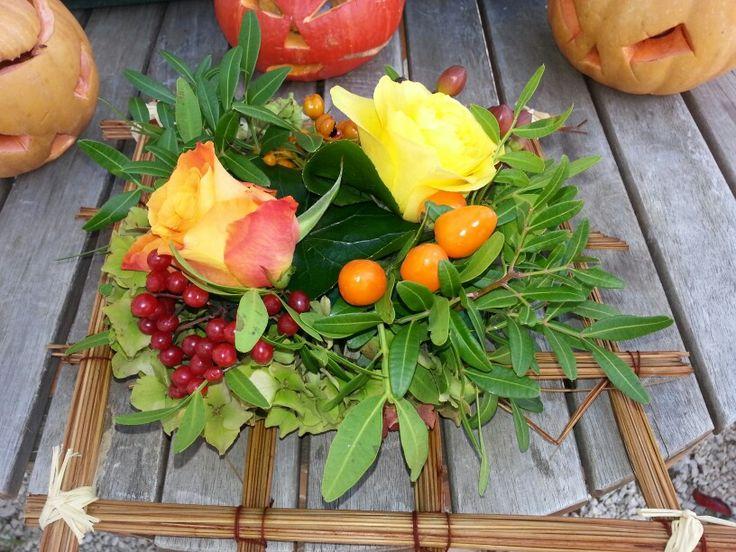 composition d automne ~ roses et baies