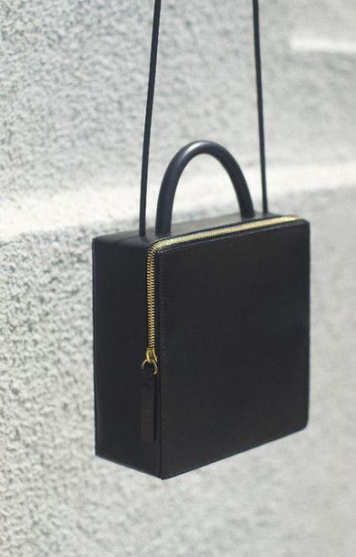 Bag: black, purse, shoulder bag, modern, boxy, gold, black bag, vintage, black vintage, black clutch, vintage clutch, clutch, black purse, minimalist, black bag with gold details - Wheretoget