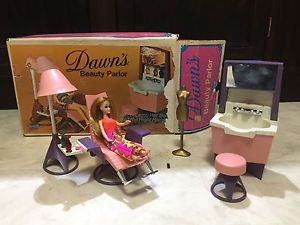 Dawn's Beauty Parlor 1970's Topper Toys with DAWN DOLL    eBay
