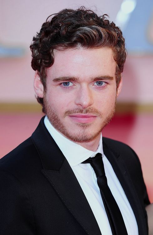 Richard Madden Age, Weight, Height, Measurements - http://www.celebritysizes.com/richard-madden-age-weight-height-measurements/