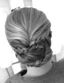 bridesmaids hair idea.