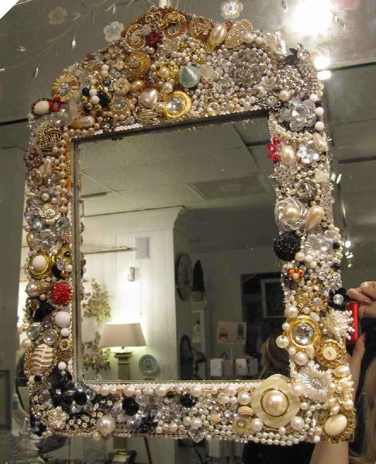 709 best jeweled frames diy images on pinterest jewelry for Embellished mirror frame