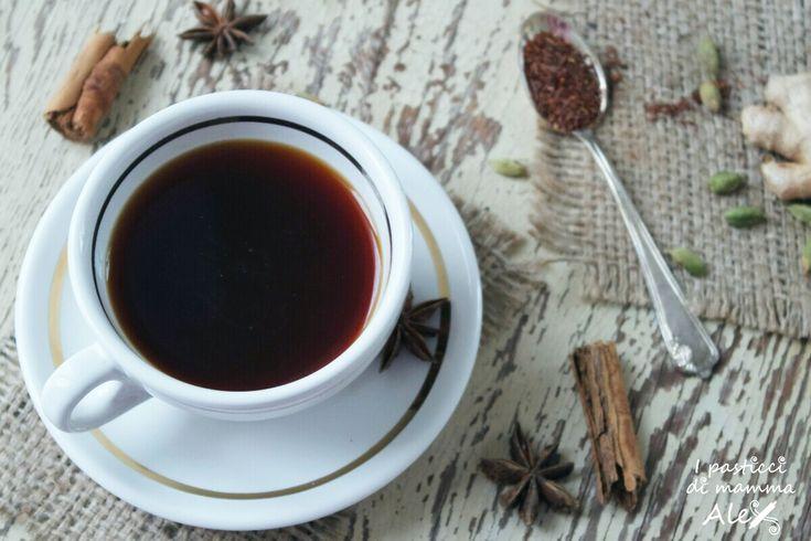 Il Tè Chai o Masala Chai (Tè speziato misto, in lingua indiana) è una bevanda stimolante, preparata con spezie dalle molteplici proprietà anche curative