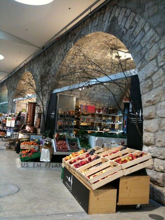Zurich's answer to the Borough market - Markthalle im Viadukt in Zürich, Zürich