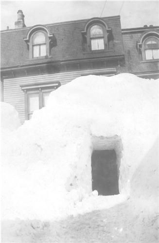 Newfoundland 1922. What my mom talked about. Snow to the top of the house... i remember this happening when i was a kid living in Gander