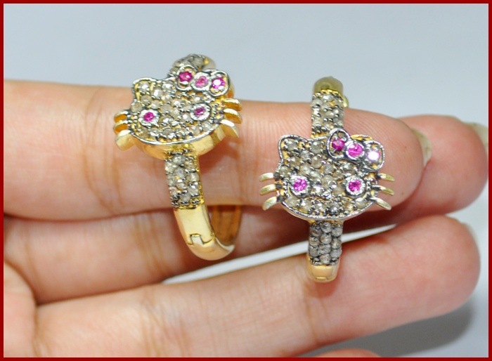 """Hello Kitty Kitty"" Price: $320    Hello Kitty 2.04ctw ROSE CUT DIAMOND TOURMALINE EARRING ♥    Signature Victorian Collection....known for its international taste and appeal!    Imported, world-class quality, not pre-owned, not pawned, not stolen. WE DELIVER WORLDWIDE ♥: Rose Cut Diamonds, 2 04Ctw Rose"