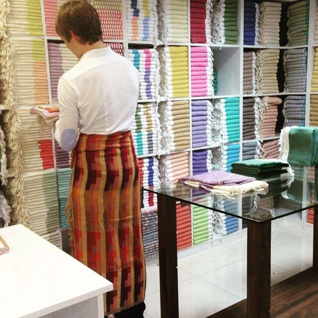 Nothing like wearing our pestamel while you're shopping in our showroom.  :O)  7 Wonders pestamel never looked so great!! #jennifershamam #GOTS #orgainc #cotton #Turkish #pestamel #pestemal #design #wrap