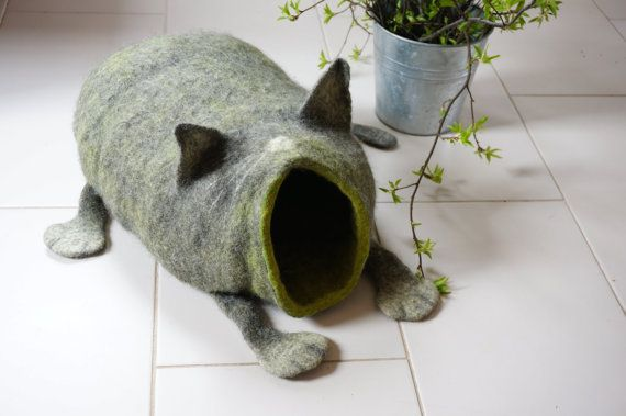 Cat bed/ cat cave/ cat house/ Felted cat house от VaivaIndre