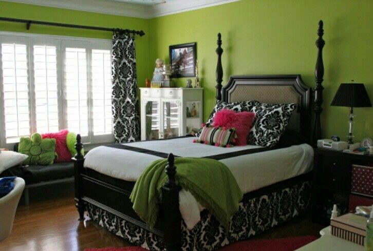 414 best images about rooms on pinterest mansions purple bedrooms and the wall - Entrancing girl bedroom decoration with various stripping in girl room ...