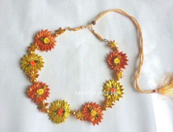 Gota flower necklace