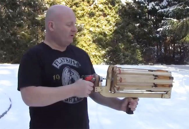 Full-auto SLINGSHOT minigun with Arrows made with power screwdriver