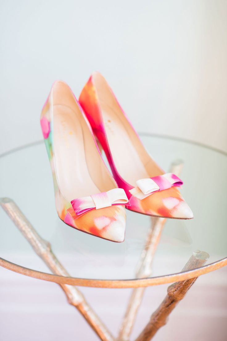 How amazing are these ikat Kate Spade wedding shoes for a pink, colorful wedding? | Mikkel Paige Photography